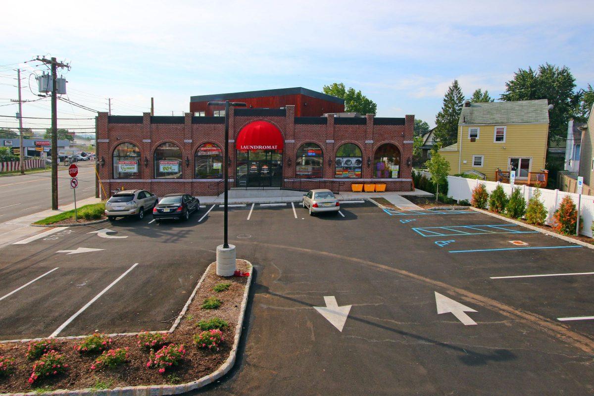 24 Hour Laundromat - Little Ferry NJ | Earlybird Laundromat