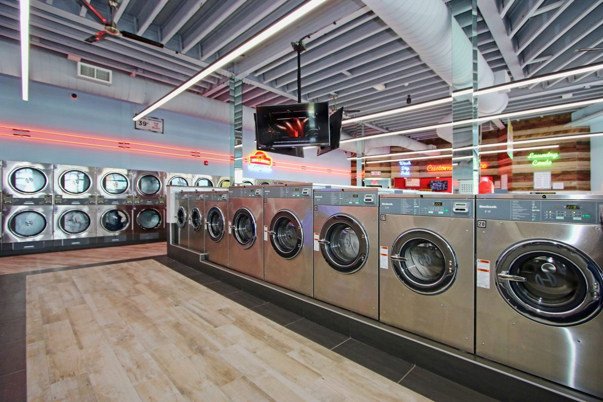 24 Hour Laundromat - Little Ferry NJ | Earlybird Laundromat